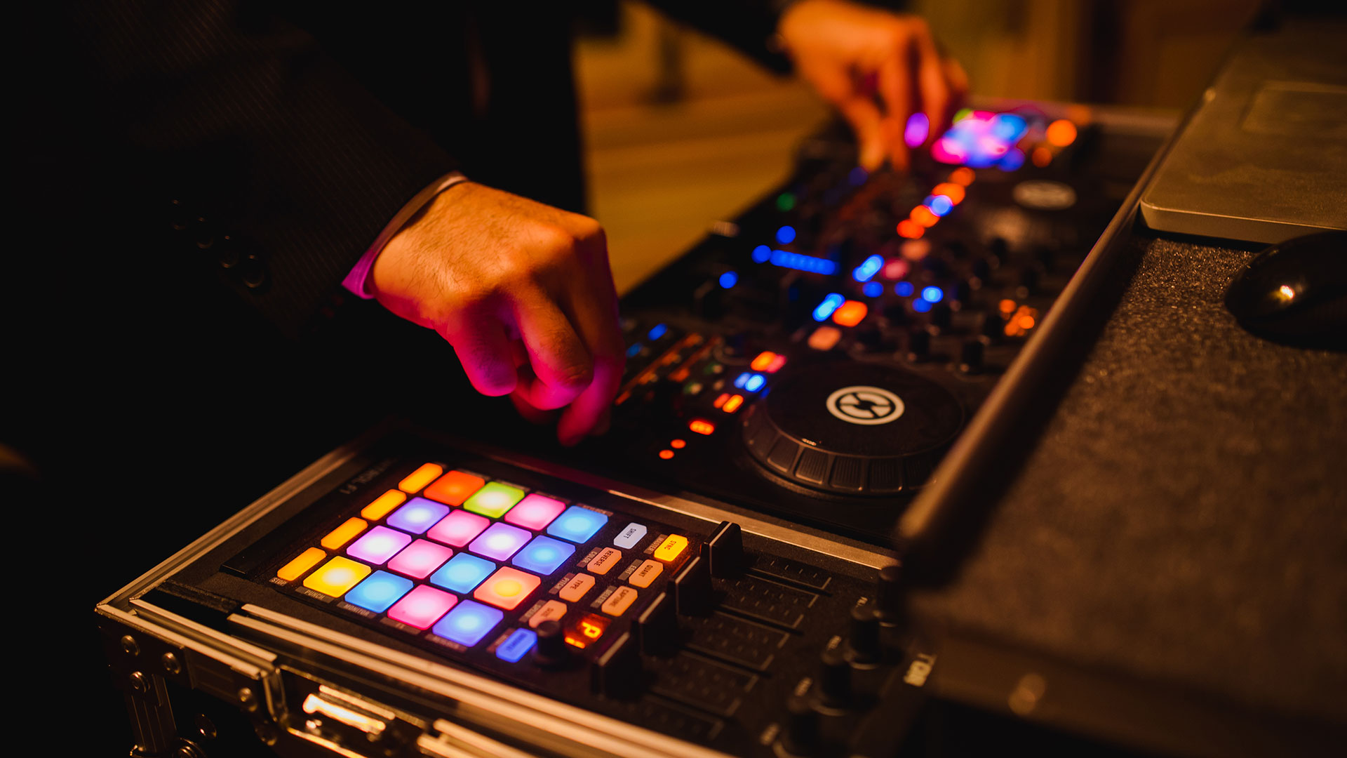 DJ Services in Washington DC, Maryland, and Virginia
